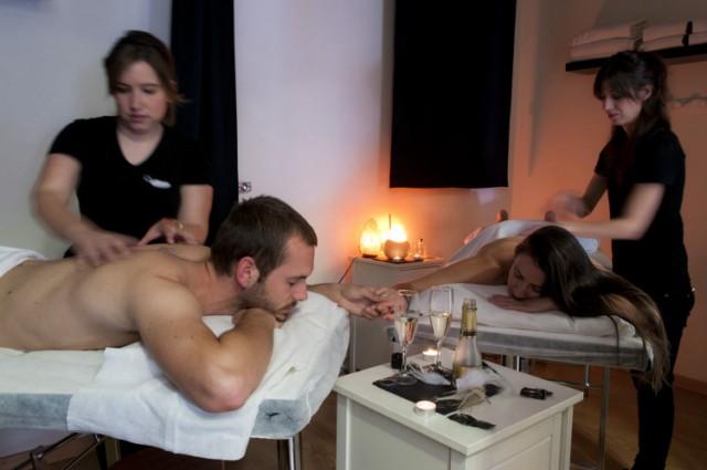 cosquillearte masaje en pareja madrid a tu estilo