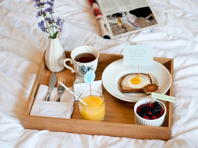 desayuno en la cama madrid a tu estilo
